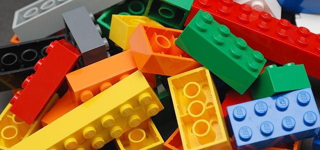 Junior Makerspace Activity: Legos!